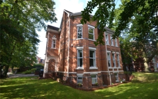 Pavillion HOuse 320x202 - Invest in WEST DIDSBURY!!!!