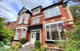 32 Barlow Moor 320x202 - Excellently Located Apartment With Gross 6% Return